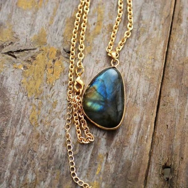 collier de protection en labradorite